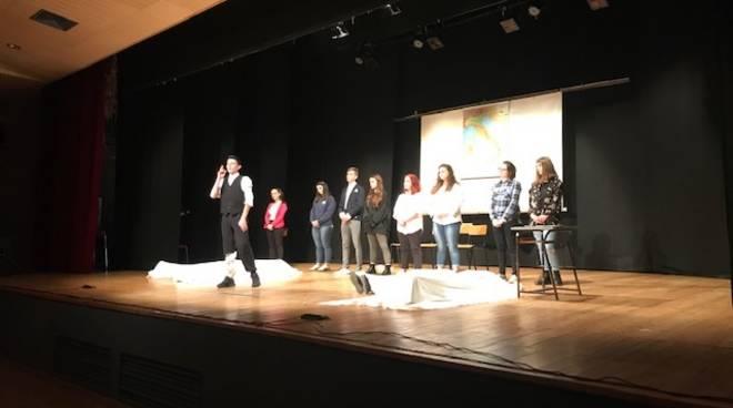 Studenti Falcone Teatro