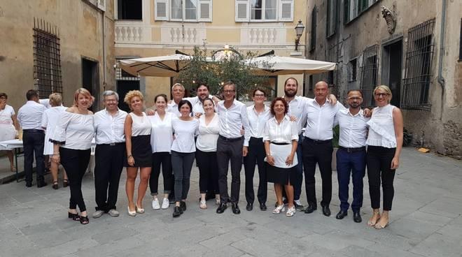 Albenga, successo per la Cena in Bianco
