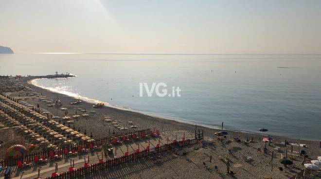 caldo spiaggia meteo afa estate turisti turismo