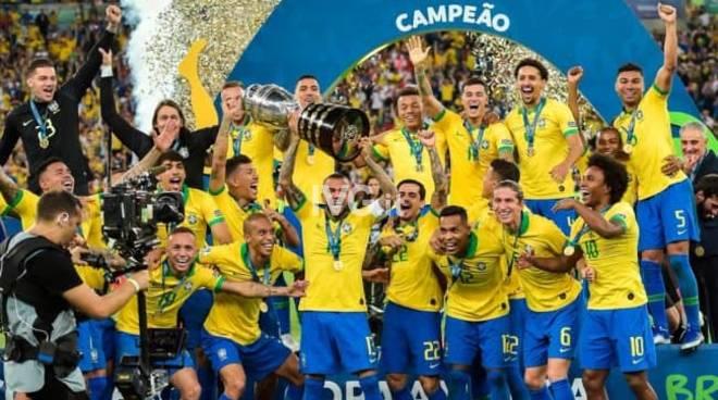 Il Brasile alza al cielo la Coppa America; Berrettini-Federer senza storia, ma che percorso dell'italiano