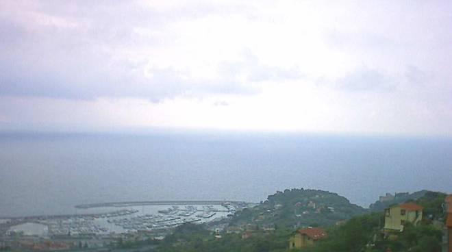 Foto Meteo Varazze nuvoloso