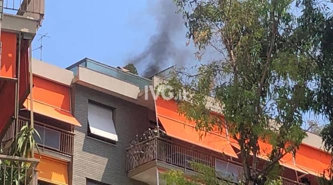 Incendio in appartamento a Savona