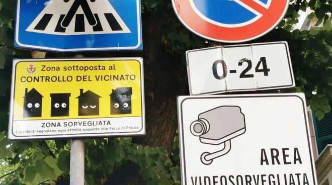 cartelli controllo vicinato albenga