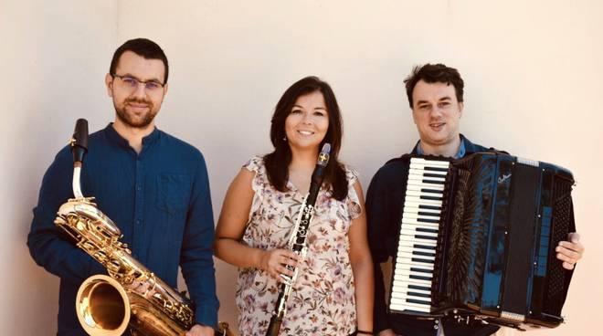 Elena Bacchiarello clarinetto - Davide Nari sassofono - Nadio Marenco fisarmonica