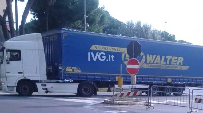 ordinanza camion albisola