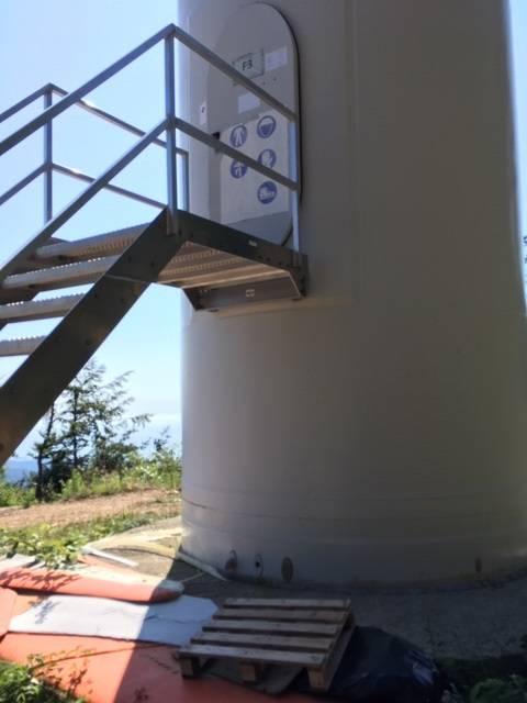 rifiuti parco eolico