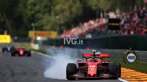 Grazie Leclerc, apoteosi rossa a Spa; Serie A, sei spettacolare, però basta razzismo!