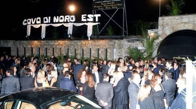 Party del Salone Nautico al Covo di Nord-Est e Covino, live music con Tiby Fullin, poi discoteca, dj-resident Carrara e Danilo Quaranta