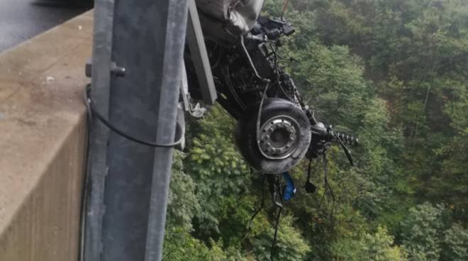 Incidente Camion Altare A6