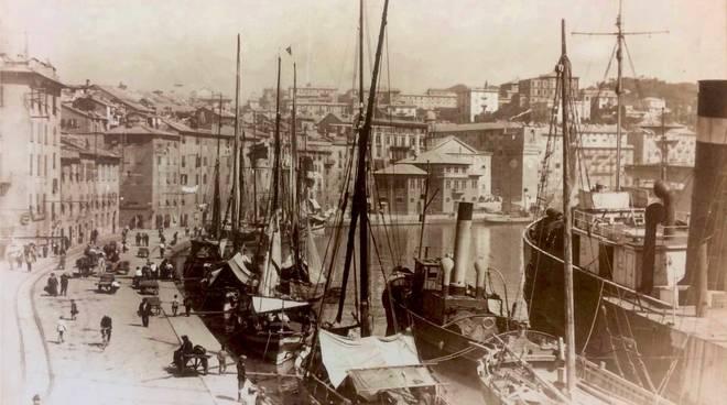 "Mostra ""Fotografie d'epoca di Savona"""