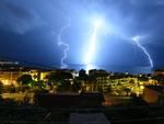 Temporali nel savonese: le foto dei fulmini