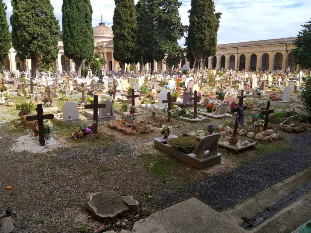 Cimitero Leca Albenga