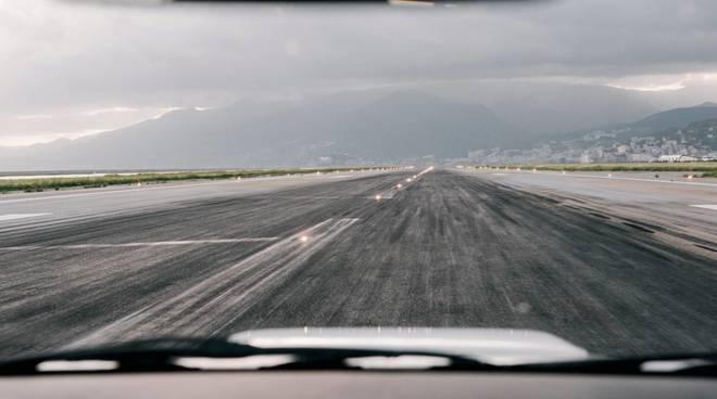 aeroporto genova cristoforo colombo