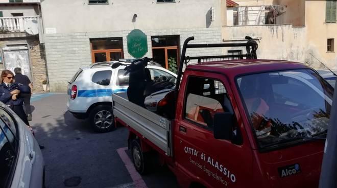 Alassio, decoro urbano, mezzi di trasporto