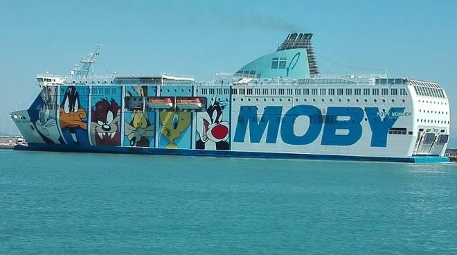 Moby denuncia UniCredit: