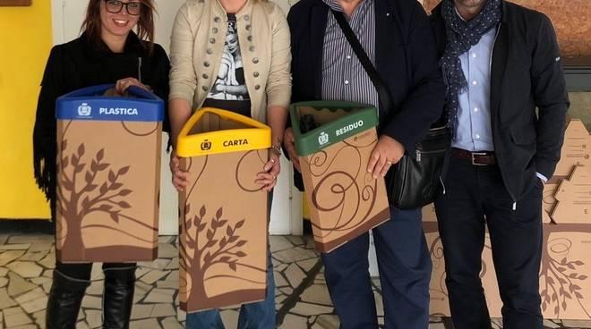 kit rifiuti scuole carcare