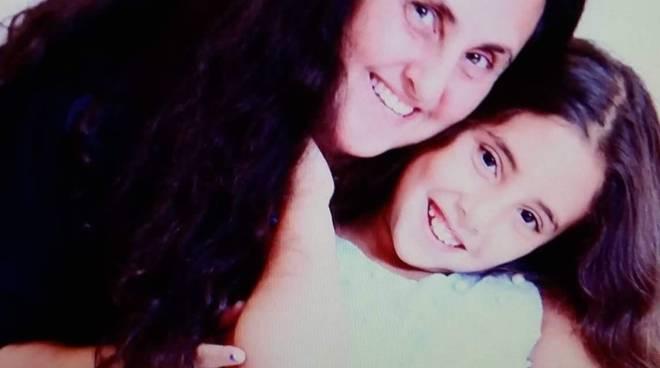 Laura Lazzara e figlia Albenga Mogol