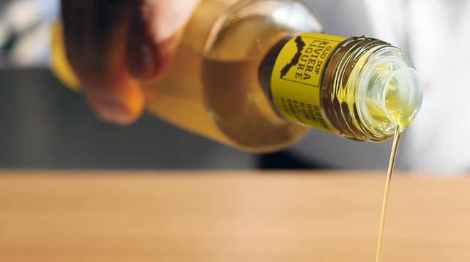 """Olivicoltura, """"Made in Quality"""" è il nuovo organismo di certificazione dell'olio extravergina di oliva DOP riviera ligure"""