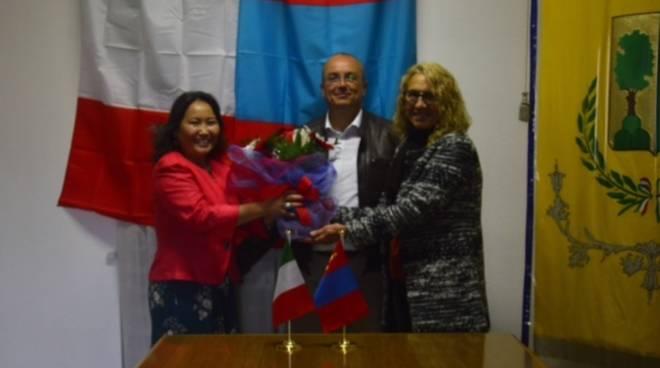 Plodio instaura ufficialmente un rapporto di relazioni e amicizia con la Mongolia
