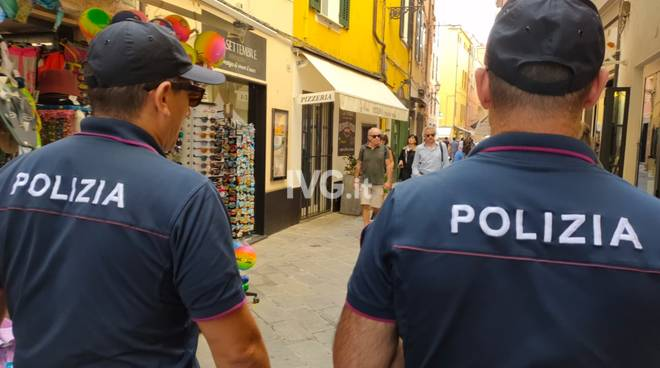 polizia Alassio commissariato budello