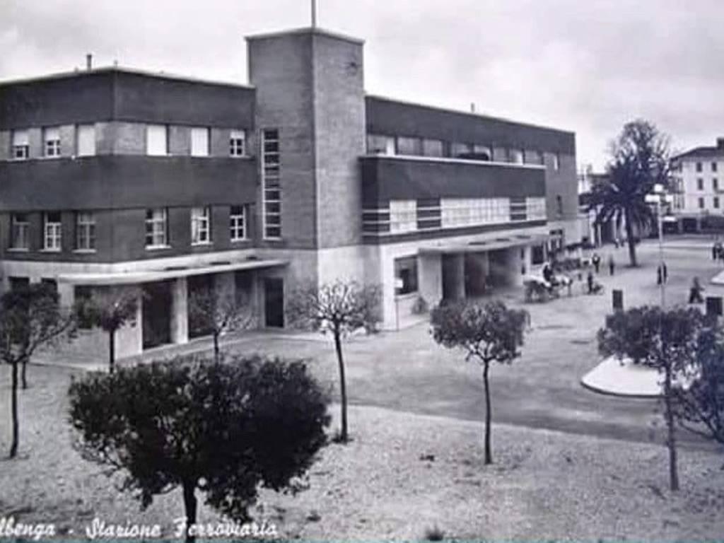 Stazione Albenga Foto Storica
