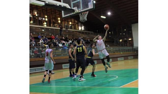 Basket Loano: quarta vittoria in campionato con un netto 84-69 sull'Aurora - IVG.it
