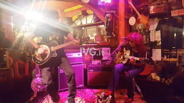 Alice Tambourine Lover @ Rock Cafè
