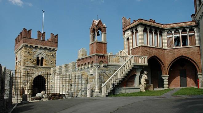 """Chi è la più bella del castello?\"""" - visita enigmistica per famiglie"""