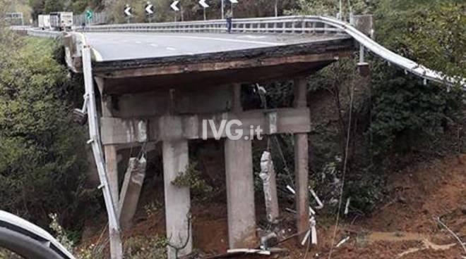 Torino-Savona, crolla una parte di viadotto sull'A6 a causa del maltempo
