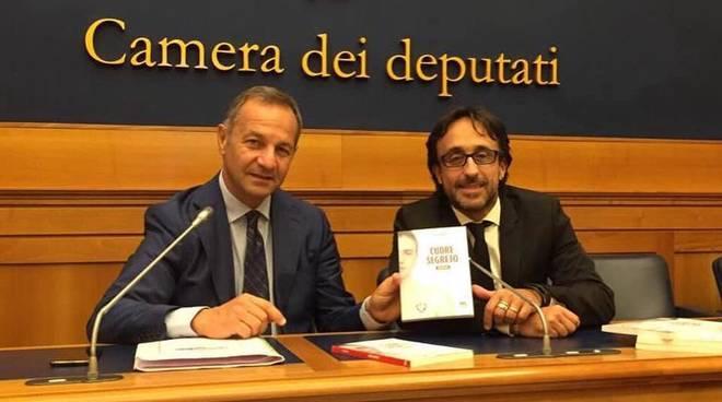 """""""Cuore segreto"""" romanzo Luca Vargiu e Gianni Farinetti Roma"""