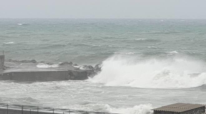 Mareggiata boccadasse e corso italia 23 novembre 2019