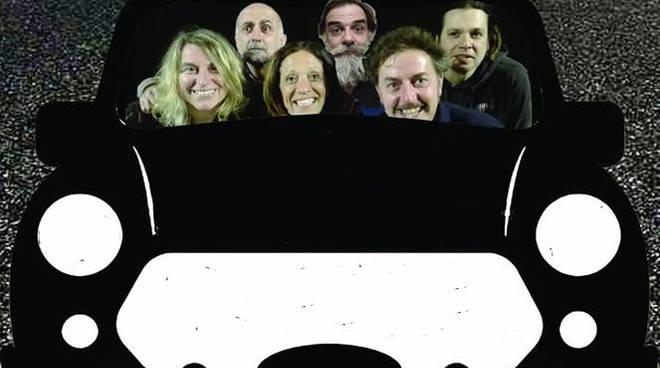 """""""Tutte le direzioni - Storie e canzoni al volante"""" spettacolo teatrale Savona"""