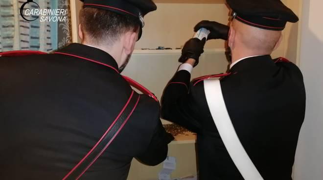 Arresto carabinieri droga Pietra