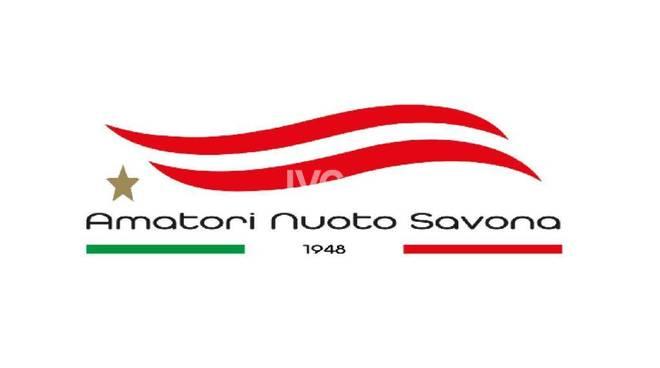 Grande festa con staffettone di Natale all\'Amatori Nuoto Savona
