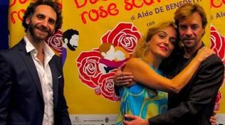 """""""Due dozzine di rose scarlatte"""" commedia Miriam Mesturino, Luciano Caratto e Simone Moretto"""