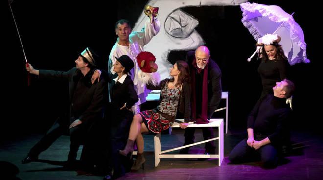 """""""Esercizi di stile"""" spettacolo Libera Compagnia Teatro Sacco Savona"""