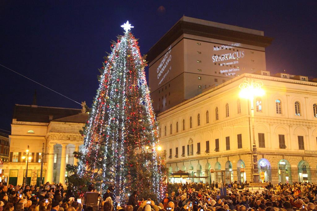 Albero Di Natale 8 Dicembre.Alberi Di Natale Presepi Storici E Dolci Gratis Tutti Gli Appuntamenti Dell 8 Dicembre A Genova Genova 24