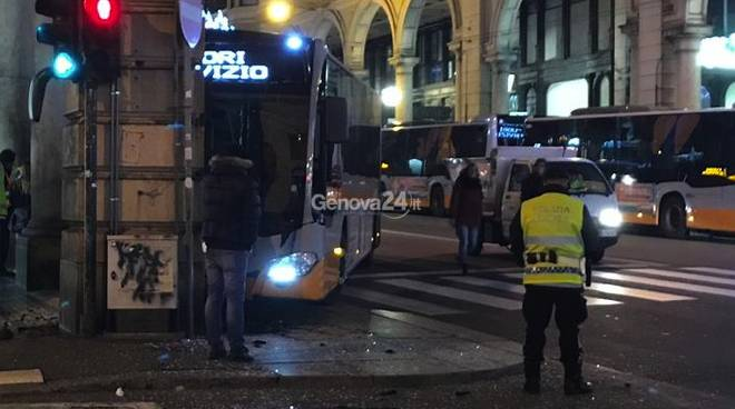 Incidente Bus via xx settembre