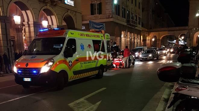 investimento pedone piazza Mameli savona notte croce bianca ambulanza