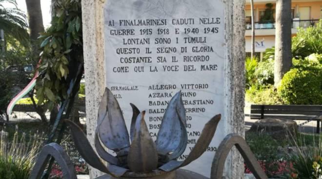 monumento caduti finale