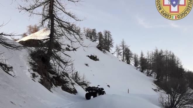 quad neve soccorso alpino