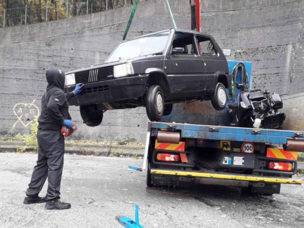 relitti carcasse auto rimosse
