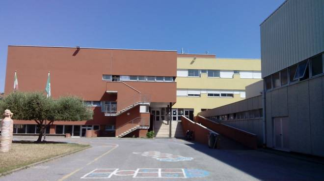 Scuola esercitazione protezione civile prevenzione