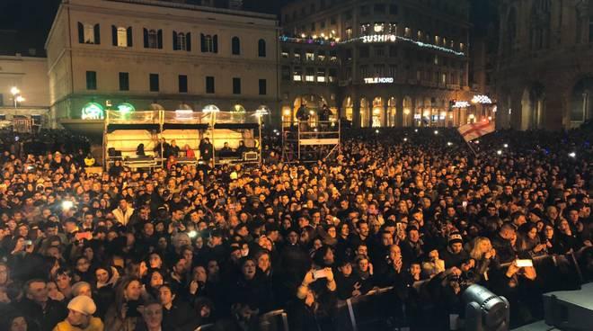 Capodanno 2020, le immagini della festa in piazza a Genova
