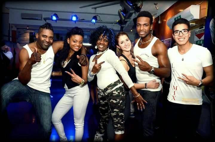 Venerdì show femminile e sabato liscio al Caribe Club