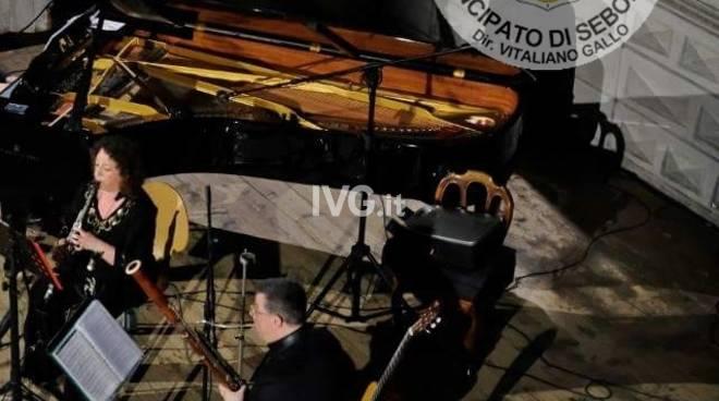 11 Gennaio teatro Ambra di Albenga Orchestra del Principato di Seborga