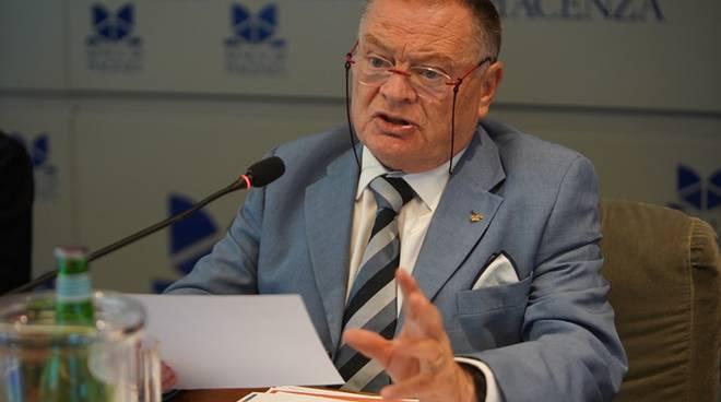 Vincenzo Nasini Pres. Ape Confedelizia