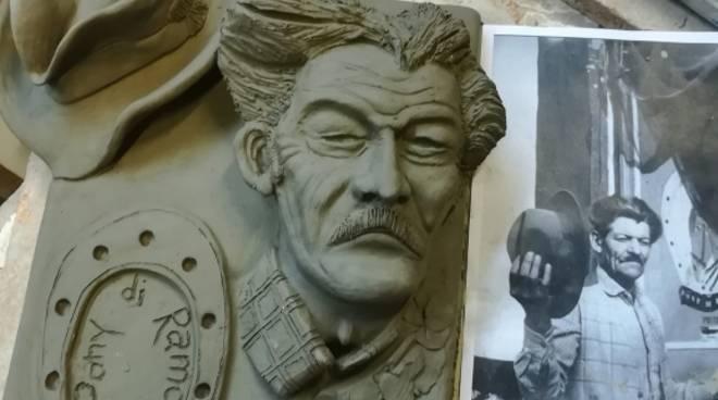 Ramon Savona statua