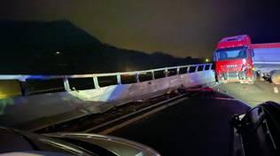 camion incidente autostrada6 notte