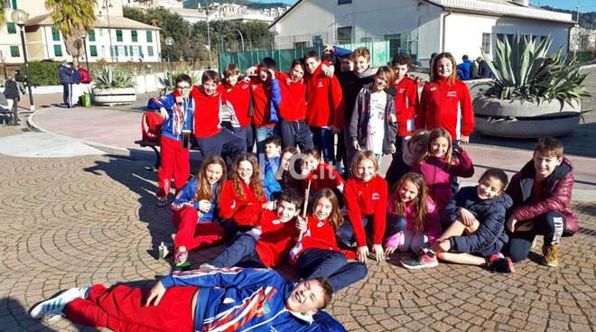 Gli Esordienti  dell'Amatori Nuoto Savona in gara a Loano